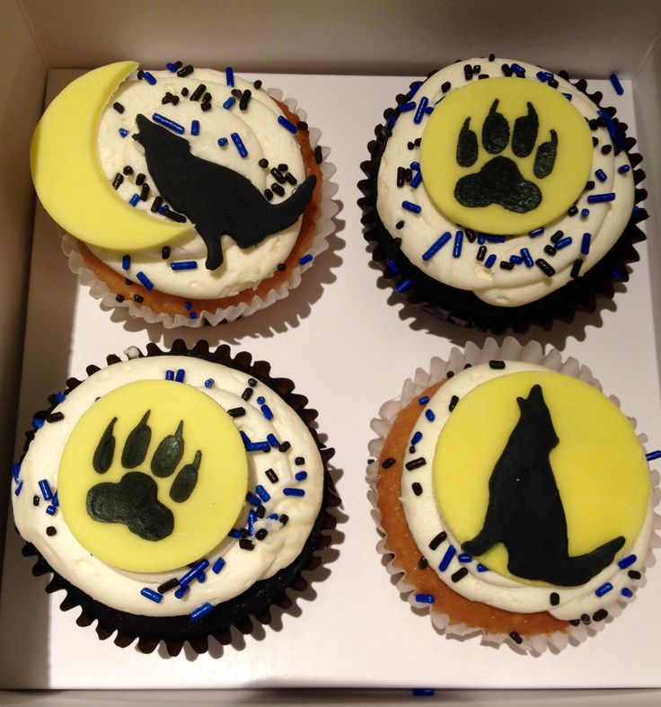Wolf Cupcakes